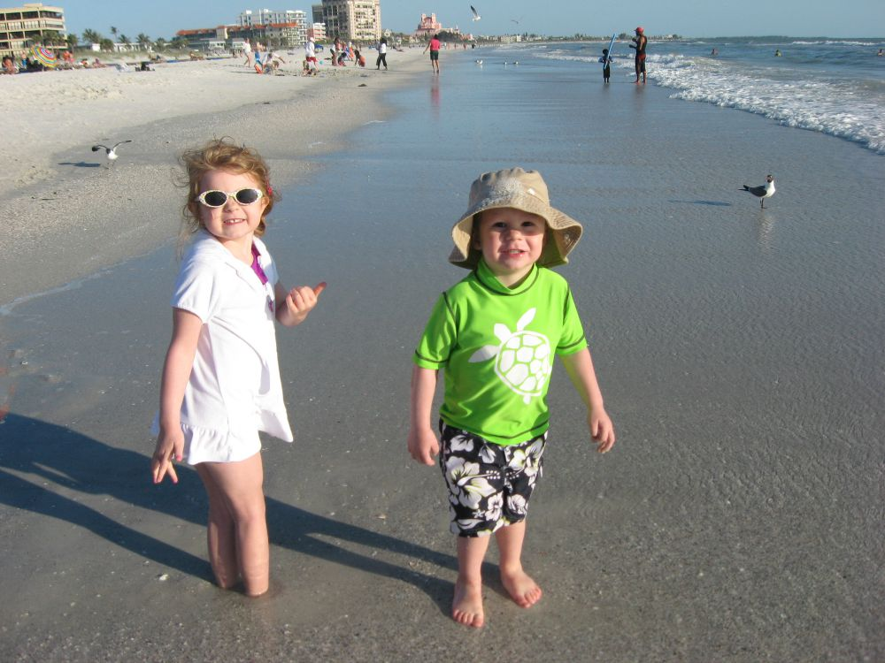 McKenzie and Aiden Murphy at the beach